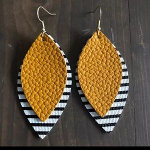 Double Layer Leather Teardrop Leaf Drop Earring
